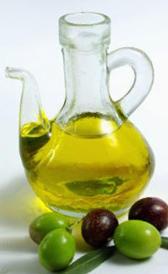aceite de oliva, alimento rico en vitamina K y vitamina E
