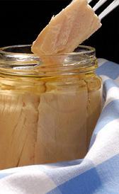 bonito en aceite, alimento rico en vitamina B12 y vitamina E