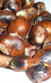 castañas asadas, alimento rico en vitamina B6 y fibra