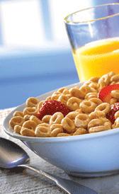 cereales de desayuno con base de maíz, alimento rico en vitamina D y vitamina C