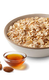 cereales de desayuno variados integrales con miel, alimento rico en vitamina B5 y calcio