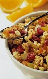 cereales de desayuno variados con miel, alimento rico en sodio y vitamina C