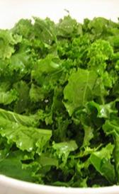 col rizada, alimento rico en vitamina B6 y vitamina B9