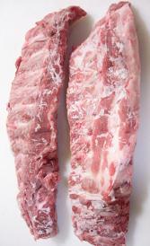 costillas de cerdo, alimento rico en zinc y vitamina B1