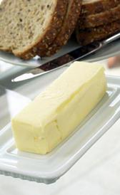 mantequilla salada, alimento rico en sodio y vitamina A