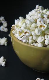 palomitas de maíz, alimento rico en vitamina B5