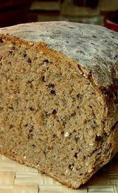 pan de centeno, alimento rico en calorías y fibra