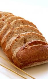 pan integral, alimento rico en carbohidratos y magnesio