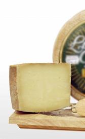 queso de cabra semicurado, alimento rico en fósforo y vitamina B9