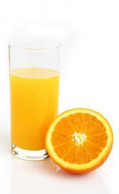 zumo de naranja, alimento rico en sodio